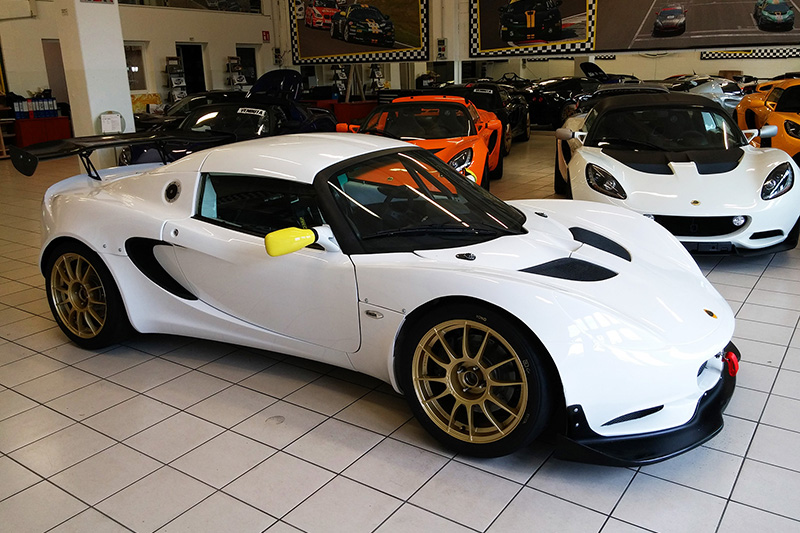pb racing completes the twenty second lotus elise cup pb r hexathron racing systems. Black Bedroom Furniture Sets. Home Design Ideas